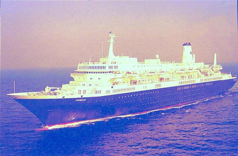 NOORDAM 1984 - sister ship du NIEUW AMSTERDAM 1983