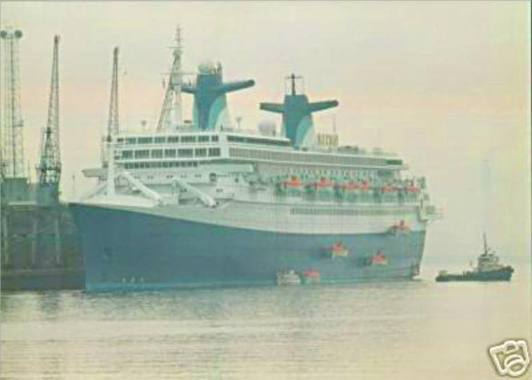 Septembre 1996 : SS NORWAY en arrêt technique à Southampton