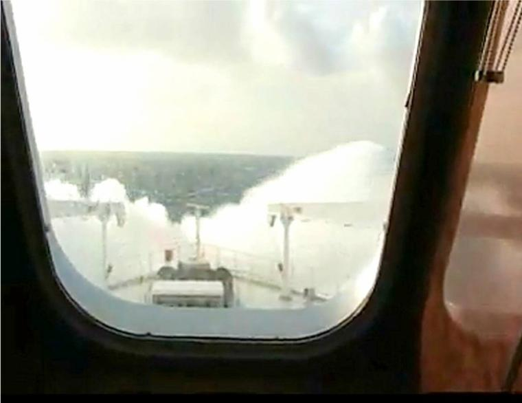 Queen Mary 2 - tempête en Atlantique Nord  (2)