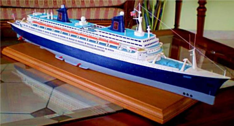 S/S NORWAY 1998 - 2003 construit par Pascal à partir de la boite de maquette GLENCOE pour le S/S FRANCE