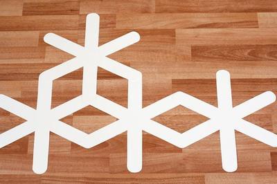 DIY - Déco - Un pan de mur façon géométrique !