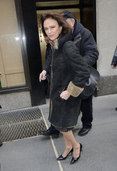 JANE SEYMOUR ET JACQUELINE BISSET : LES SEXY SEXAGÉNAIRES CONTRE LE BOTOX® !