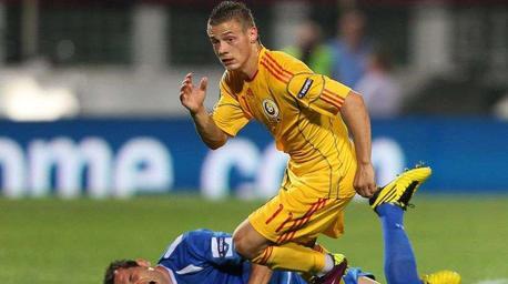 Le PSG et Lille approchés pour le « Messi roumain »