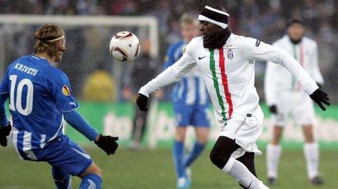 PSG : des contacts avec la Juventus pour Sissoko ?
