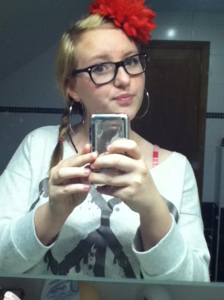 Avis pour mon maquillage et coiffure Espagnol. Ça va ou pas?  Je met une perruque ou pas?? :s #Déguisement