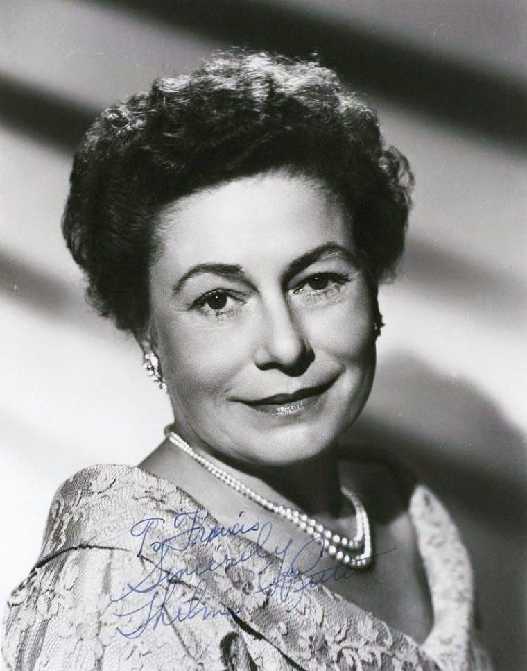 Thelma RITTER est une actrice américaine née le 14 février 1905 à Brooklyn, New York (États-Unis), décédée le 5 février 1969 à New York (États-Unis).