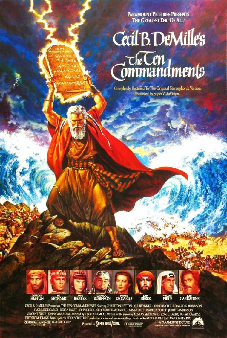 """FILM / """"Les Dix Commandements"""" (titre original : """"The Ten Commandments"""") est un film américain sorti en 1956, réalisé par Cecil B. DeMILLE et avec Charlton HESTON dans le rôle principal du prophète biblique Moïse. Le réalisateur en avait réalisé une première version en 1923. / SYNOPSIS / Le film raconte la libération des Hébreux esclaves en Égypte. Moïse sauvé des eaux élevé à la cour de Pharaon Sethi Ier avec le futur Ramsès II, sur lequel il déclenche les dix plaies d'Égypte pour le forcer à libérer son peuple. Le passage de la mer Rouge est une scène inoubliable. En chemin, Dieu lui remet les tables de la loi et il conduit son peuple à la terre promise."""