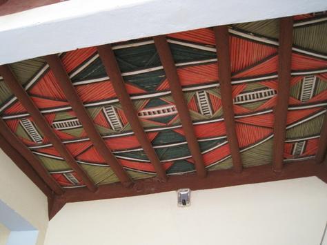 - Plafond tendu marocain -