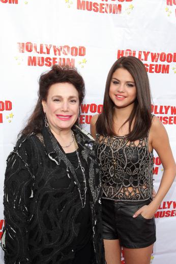 30/05/12: Selena était à l'évènement Mémoire de Marylin Monroe.