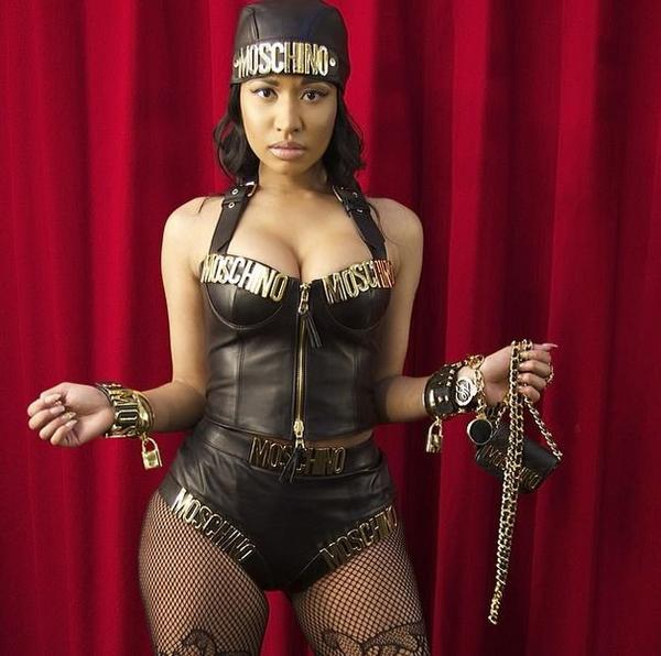 Nicki Minaj sur le tournage du nouveau clip ''Senile''