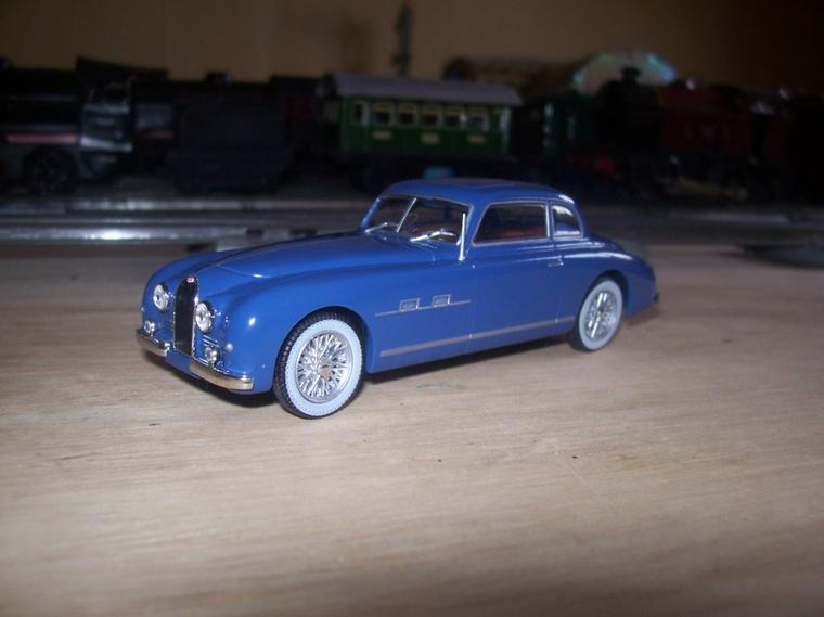 Collection de miniatures Bugatti (26).