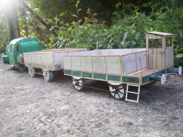 Fabrication d'un wagon à guérite.