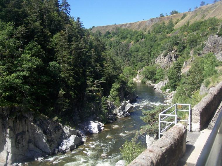 Le Train Touristique des Gorges de l'Allier (2).