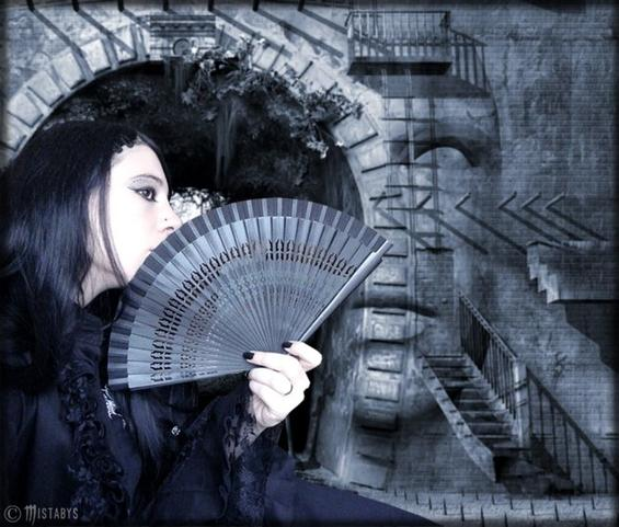 dark beauty - goth lady - Mistabys...