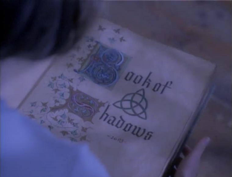 Charmed : 1X01 : Le livre des ombres