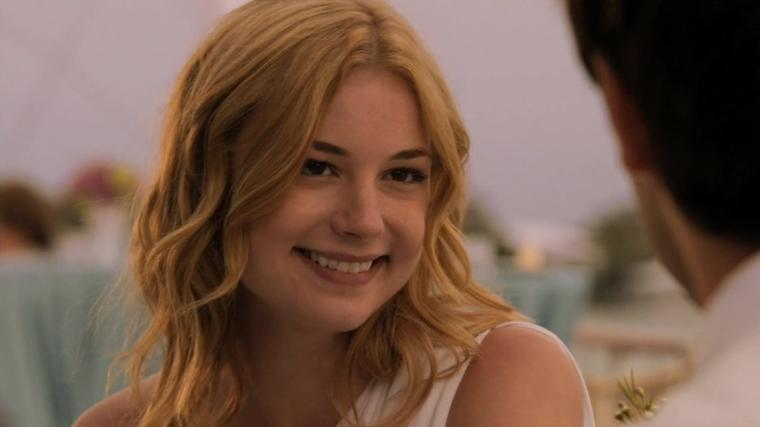 Revenge : 1X01 : Qui est Emily Thorne ?