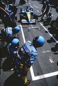 Les saisons de Fernando Alonso, Partie II : Renault (2003)    La Saison de sa première pole et victoire