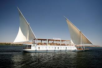 Egypt tours: 5 reasons why to book Dahabiya Nile Cruise