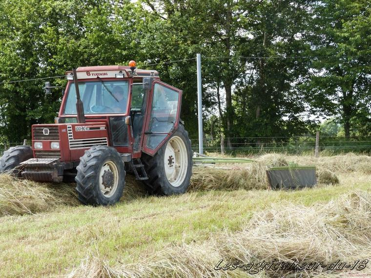 Foin 2012 ---- Fiat 100.90 + Claas Liner 470 S .