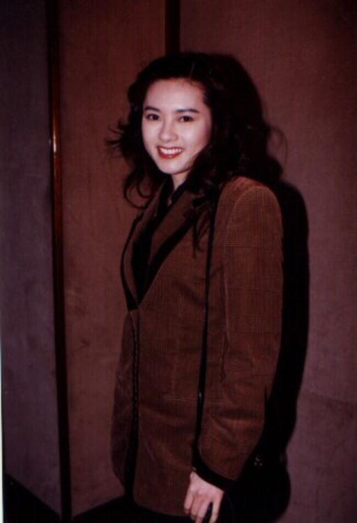 Loletta Lee