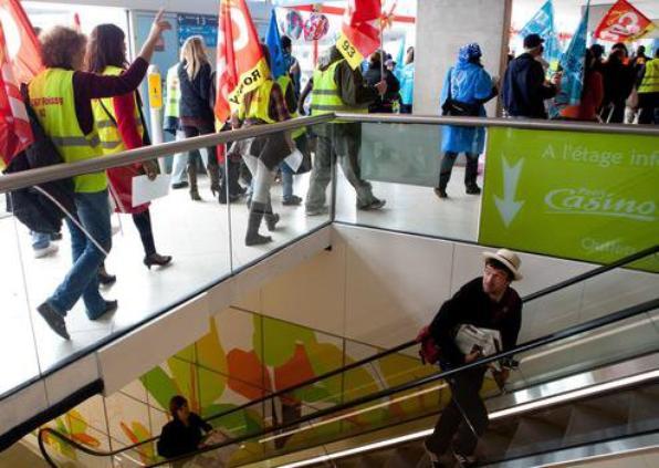 Grève dans les aéroports : Prime d'un mois sur la table ?