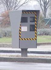 Les radars automatiques ont rapporté 630 millions d'amendes en 2011, estime Guéant