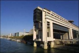 Croissance: la prévision française de 1% pour 2012 sera révisée à la baisse