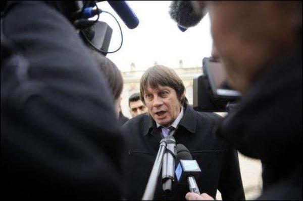 Le secrétaire général de la CGT a violemment dénoncé mardi le bilan « peu glorieux » de Nicolas Sarkozy.