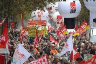 Mobilisation syndicale en ordre dispersé contre l'austérité
