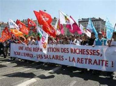 Relations syndicats - gouvernement / Vers un dialogue social apaisé ?