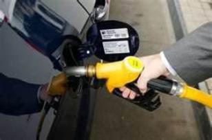 Le carburant a coûté cher à l'automobiliste français en 2011