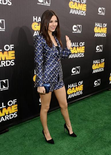 Cartoon Network - Victoria Justice