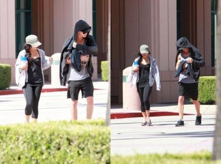 Vanessa et Austin quittant un cours de fitness à Toluka Lake le 26/07/2012