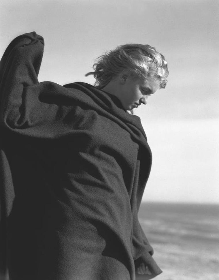 1946 / by Andre De DIENES