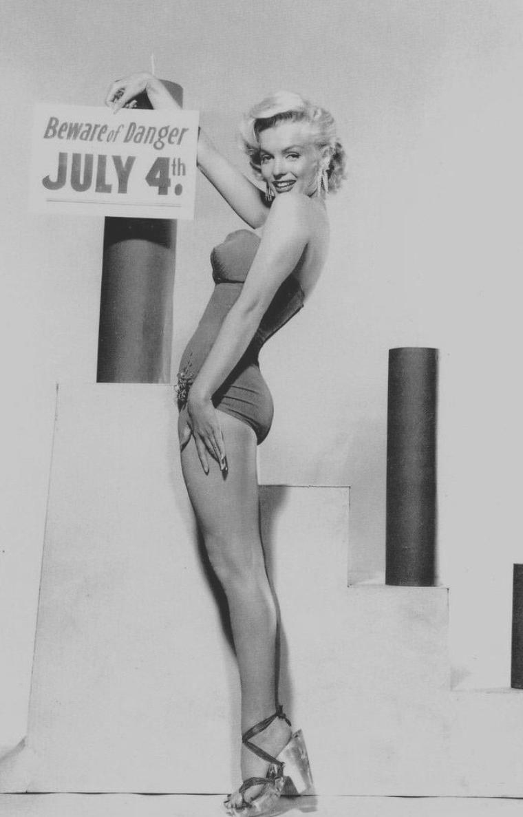 1953 / by Bert REISFELD for the Independence day !