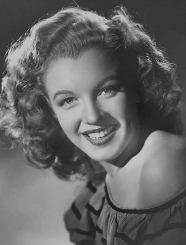 1947-49 / Divers portraits officiels de Marilyn pour la FOX.