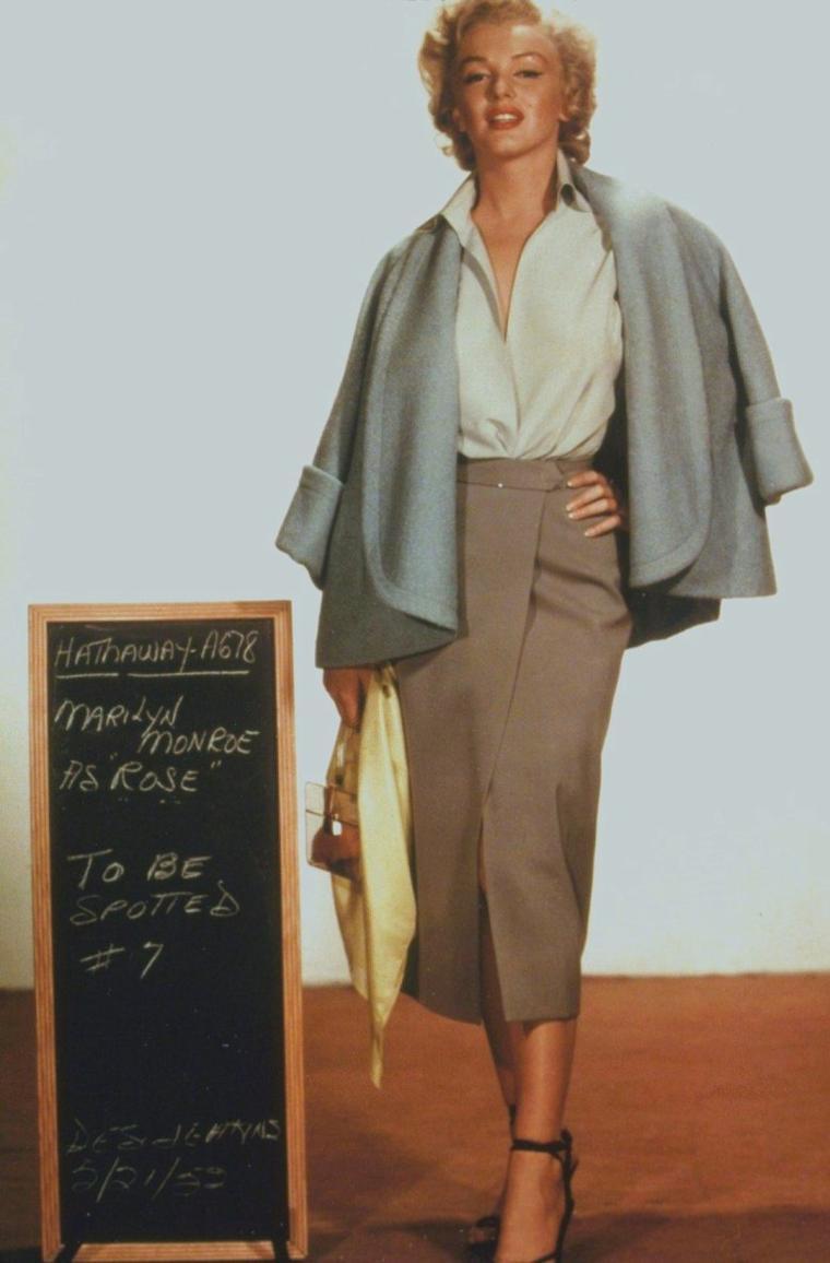 """1952 / Essais costumes pour """"Niagara""""."""