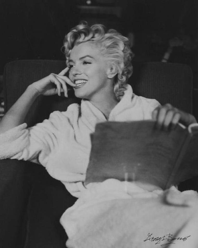 "1954 / by George BARRIS... Marilyn sur le plateau du film ""The seven year itch""."