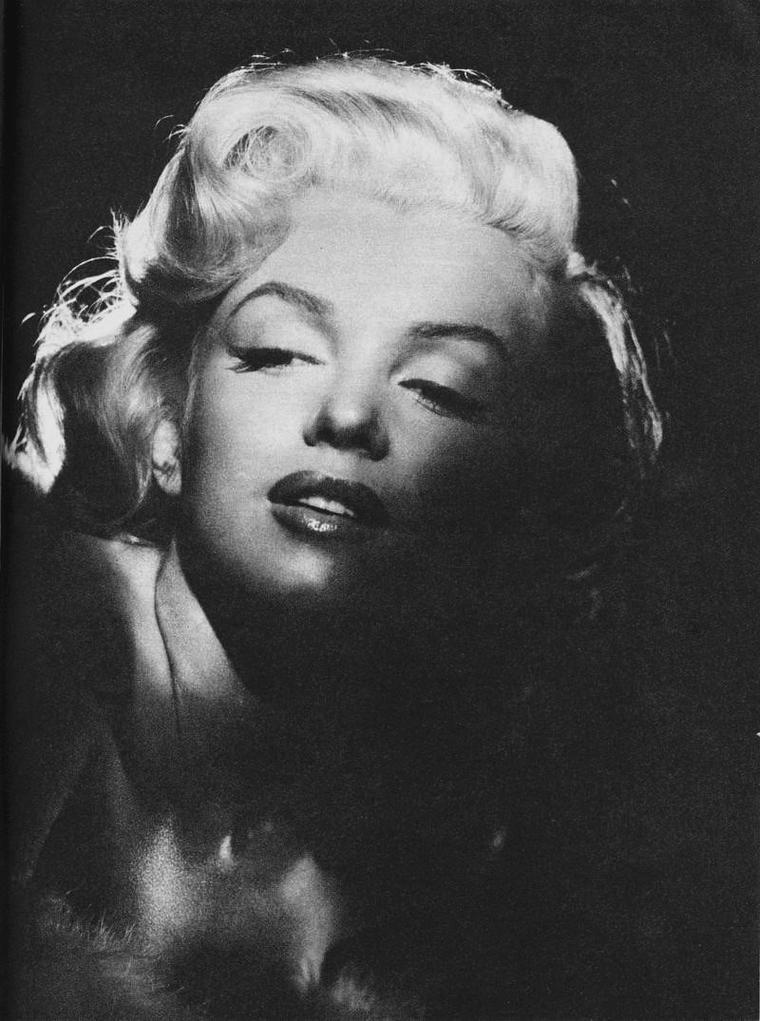 1952 / by Frank POWOLNY