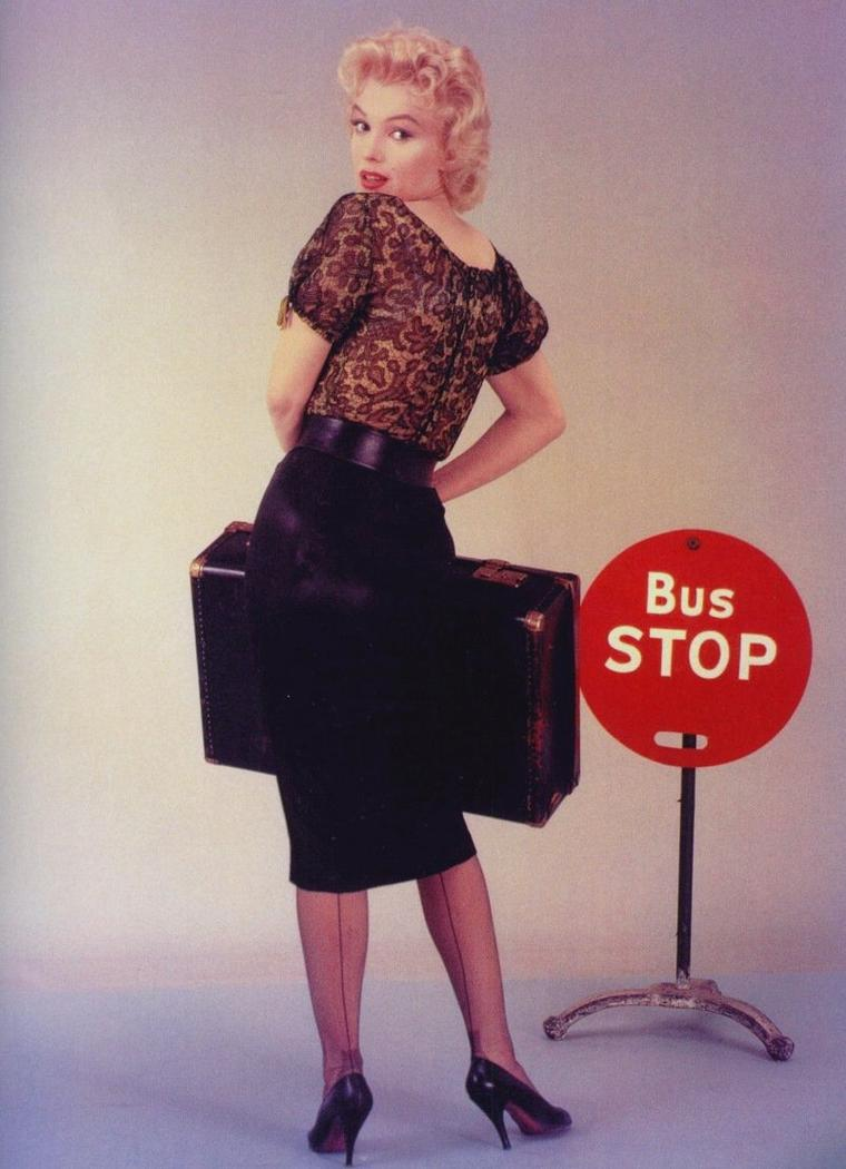 """1956 / by Milton GREENE... Photos publicitaires de Marilyn et Don MURRAY pour le film """"Bus stop""""."""