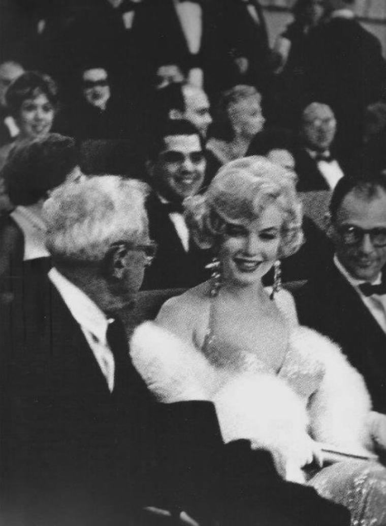 "1959 / Première de ""Some like it hot"" (part 2, voir TAG)."