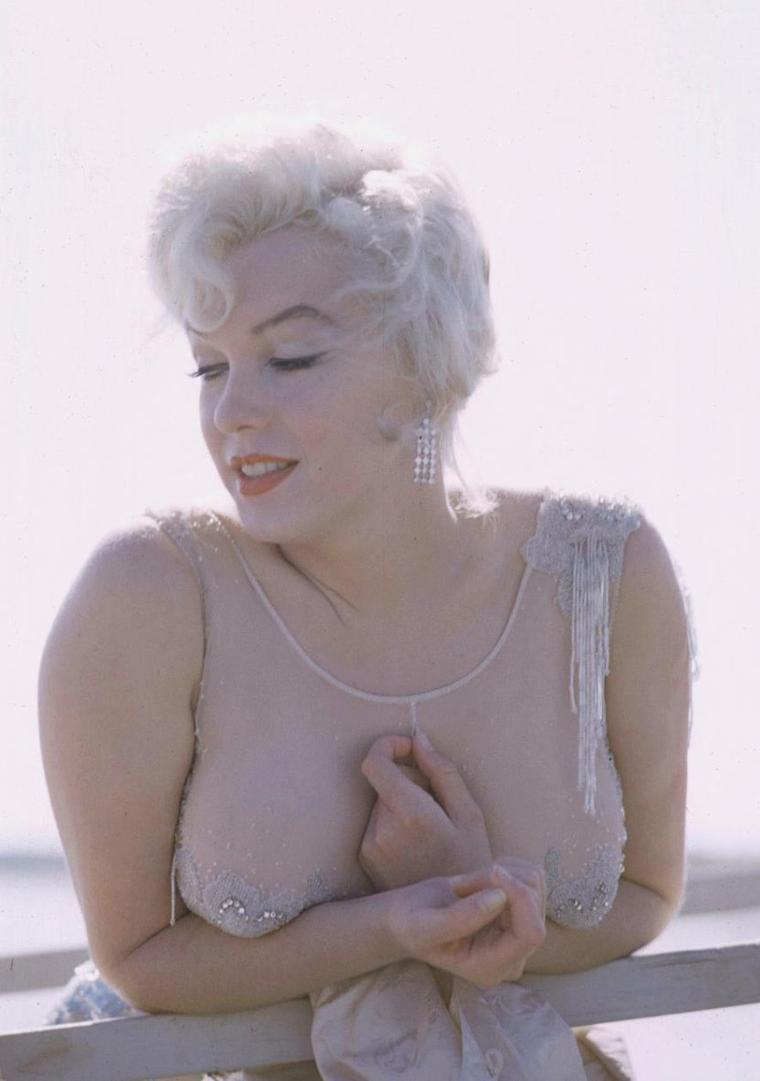 """1959 / Marilyn lors du tournage de """"Some like it hot"""" (certaines photos signées Richard C MILLER)."""