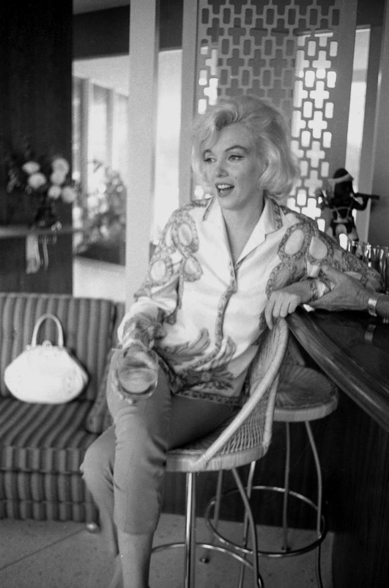 1962 / Les news de Marilyn by George BARRIS.