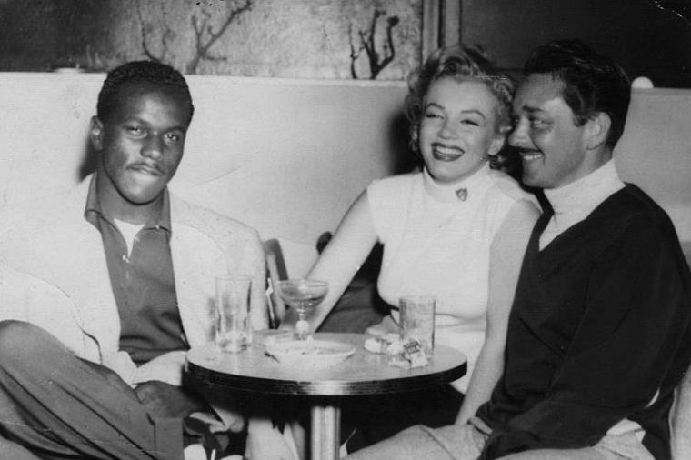 """1952 / THE DRESS / Marilyn et William TRAVILLA (à droite sur la photo) créateur entre autres, de cette fameuse robe rouge portée dans """"Gentlemen prefer blondes""""... (voir article ci-dessus)."""