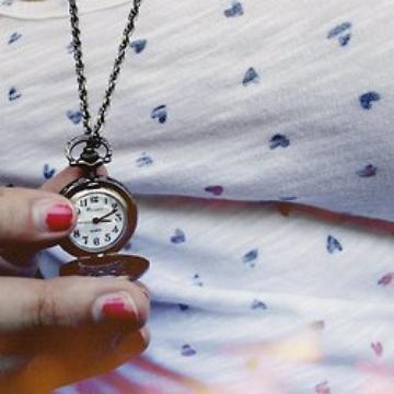La vie est un torrent, le temps passe et passe incessamment.