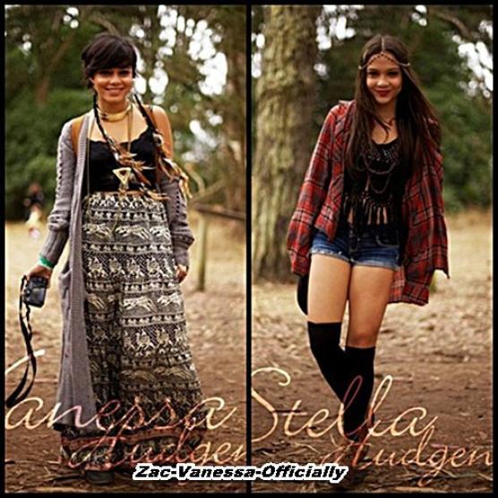 Vanessa & Stella Hudgens