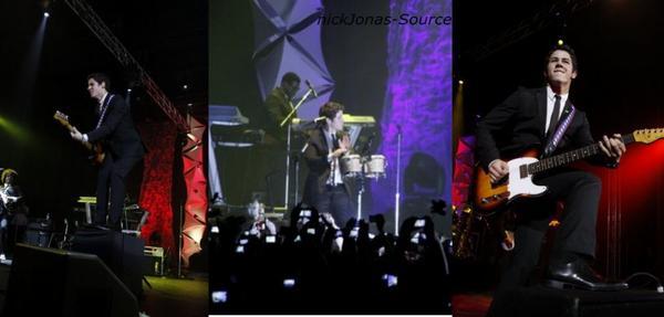 ~Nick & the administration en concert :D