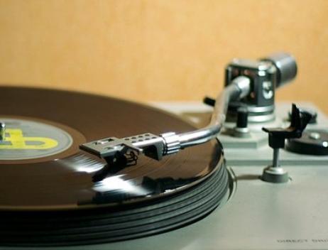 Article hors-sujet  : Mes musiques préférées de d'autres groupes ou chanteurs des 60-70-80's