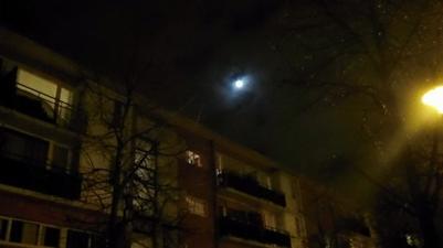 La nuit, le théâtre des lumières.