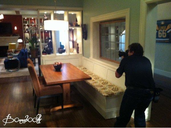 • • Une photo est sorti sur Twitter ! Nous avons un petit aperçu de la nouvelle maison de B&B ! Alors ton avis ? • •